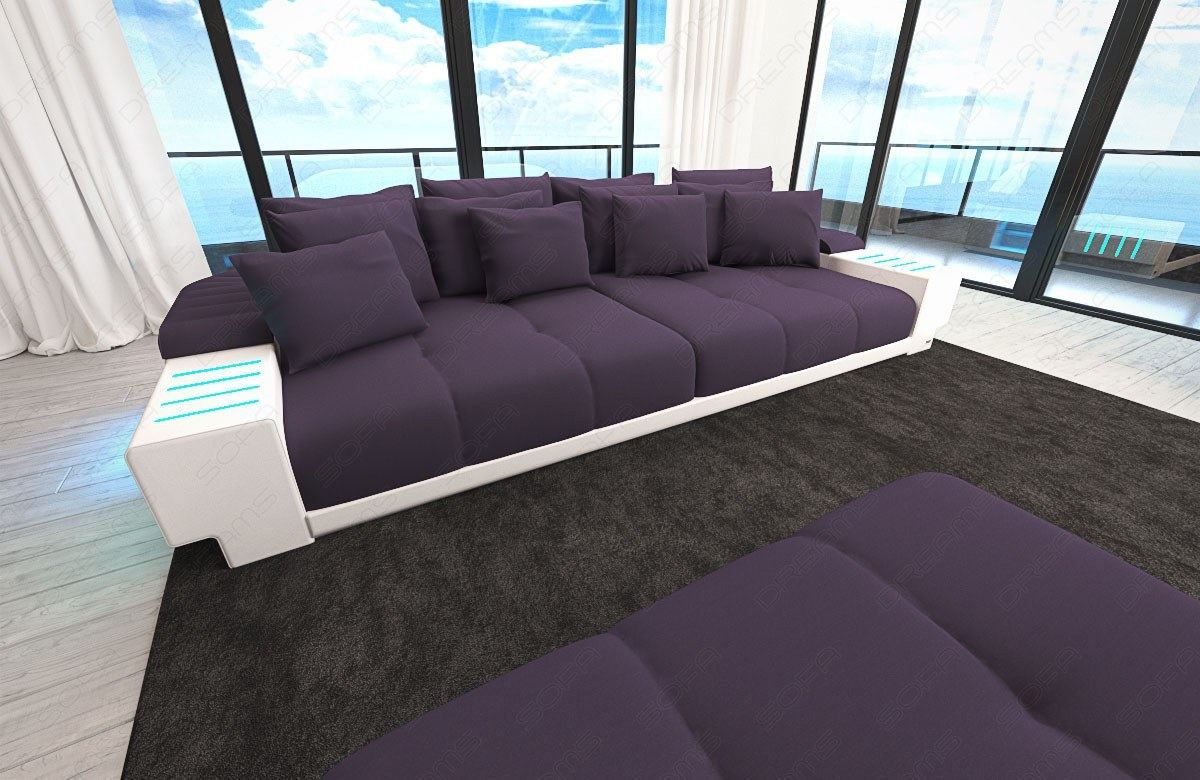 big sofa mit led beleuchtung innenr ume und m bel ideen. Black Bedroom Furniture Sets. Home Design Ideas