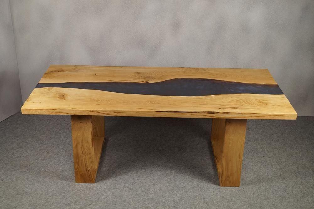 Holztisch Eiche mit Epoxidharz Füllung