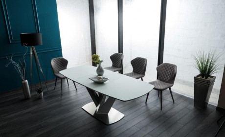 Moderner Esstisch Vegas mit edlen Metallfüßen und weißer Tischplatte