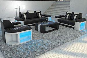Die Designer Couch Garnituren in Leder können Sie in verschiedenen Farben bestellen